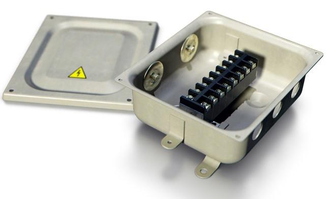 Металлическая распределительная коробка