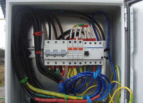 Соединение провода с вводным кабелем