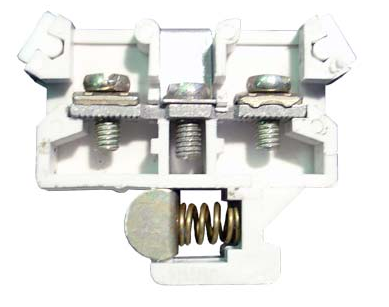 Зажим провода пластиковой перемычкой