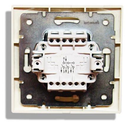 Устройство трехклавишного выключателя