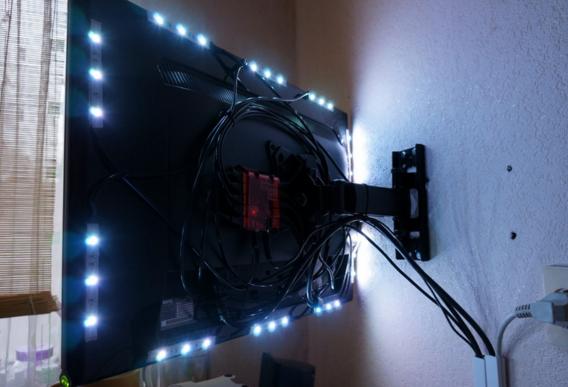 спрятать провода за стеной