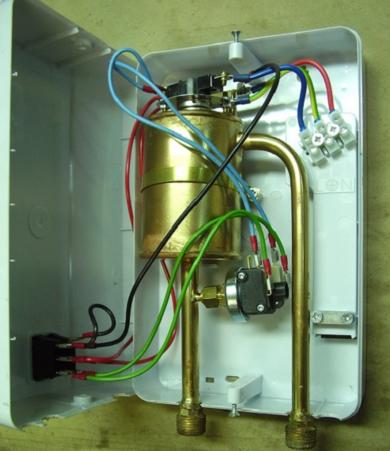 Клеммные колодки проточного водонагревателя