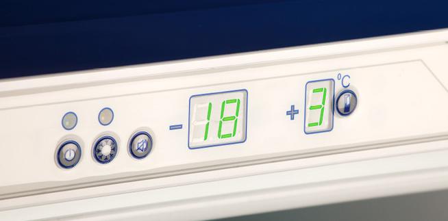 Регулятор температуры на холодильнике