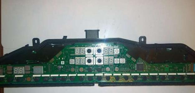 Сенсорный блок управления на варочной панели