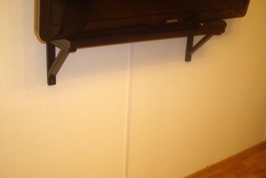 Провода от телевизора в кабель канале