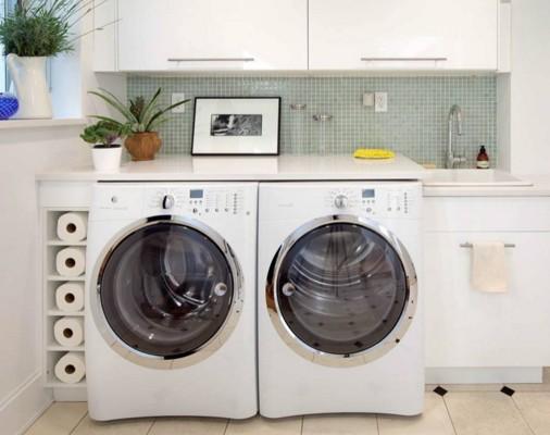 Сушильная машина рядом со стиральной