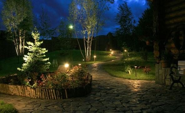 вариант освещения садовой тропинки