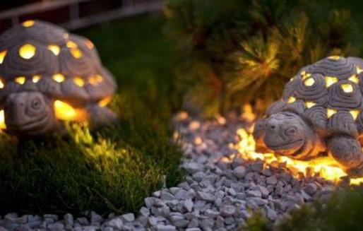 декоративная подсветка тропинки в саду
