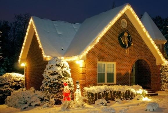 подсветка дома лентой