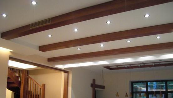 точечные светильники установленные