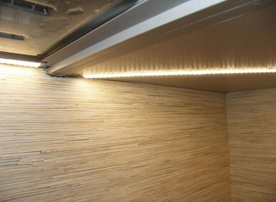 шкаф купе подсветка светодиодной ленты