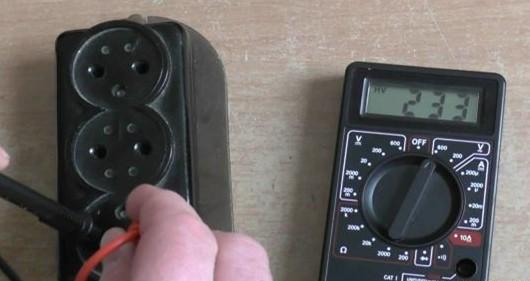 Измерение переменного напряжения мультимером