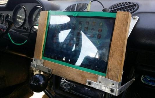 планшет для авто необычный