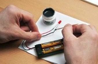 используем токопроводящий клей