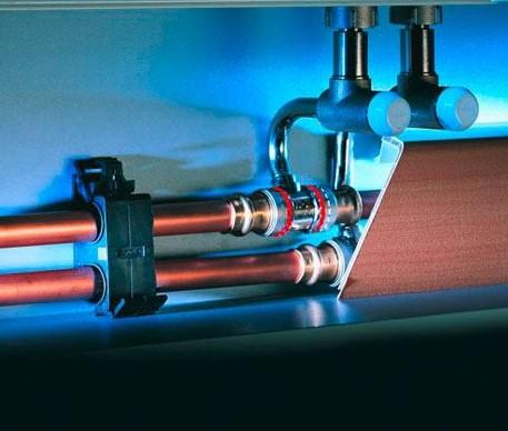 Подключение проводов в электрическом теплом плинтусе