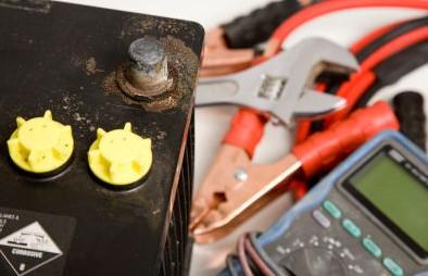 заряжаем аккумулятор в домашни условиях