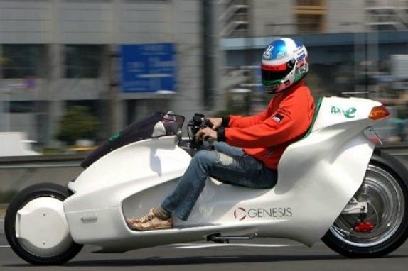 Мотоцикл на магнитном двигателе
