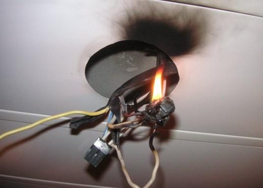 Возгорание алюминиевой проводки