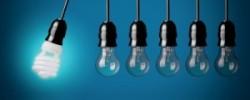 Почему светодиодная лампа светится после выключения
