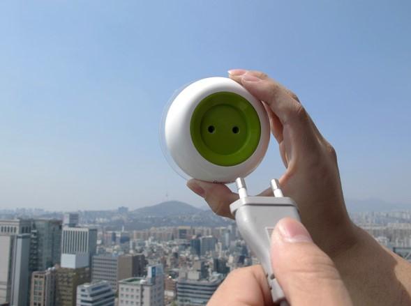 Солнечные батареи на оконной розетке