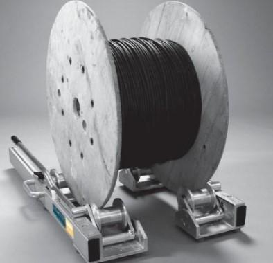 размотка кабеля с барабана роликами
