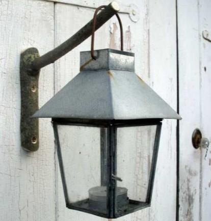 Вариант крепления уличного фонаря