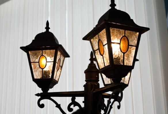 Как сделать уличный фонарь