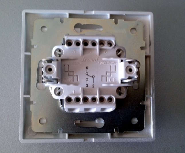 Конструкция переходного выключателя