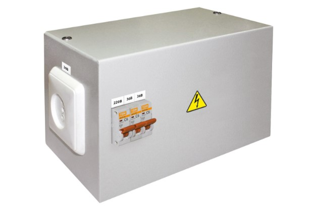 Ящик с понижающим трансформатором