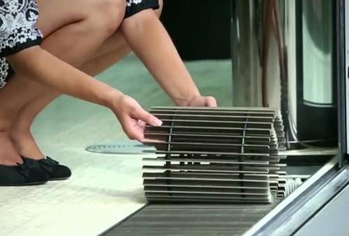 Как снять решетку с напольного обогревателя