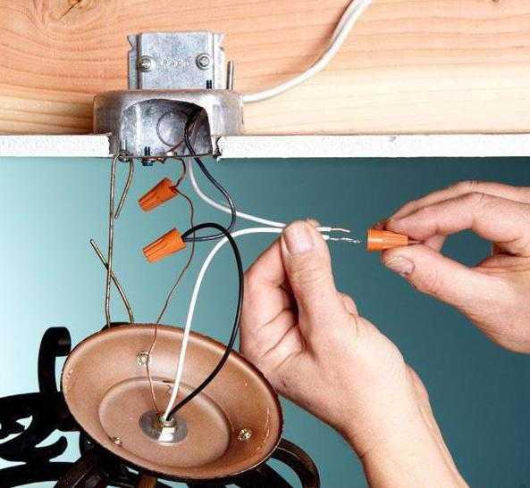 как подключить бра с шнурком
