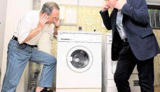 Что делать если шумит стиральная машина