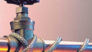 Обогрев водопроводных труб кабелем своими руками