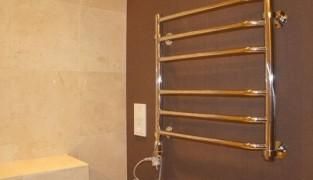 Установка электрического полотенцесушителя